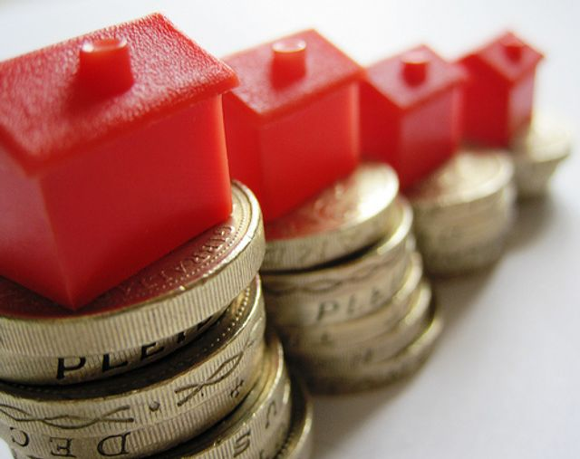UK annual house price growth up 3.2% featured image