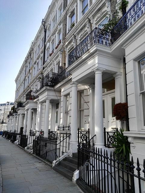 London house price growth up 1.6% - Hometrack featured image