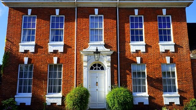 UK house prices up 3% - Land Registry featured image