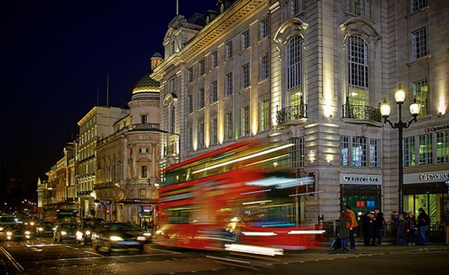 Britain business confidence on 18-month high featured image
