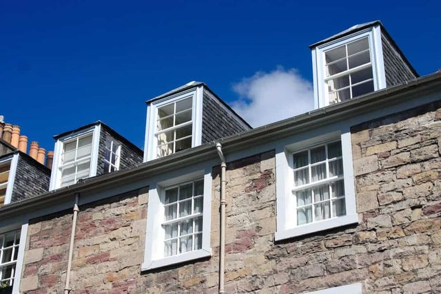 Mortgage approvals increase in the UK - e.surv featured image