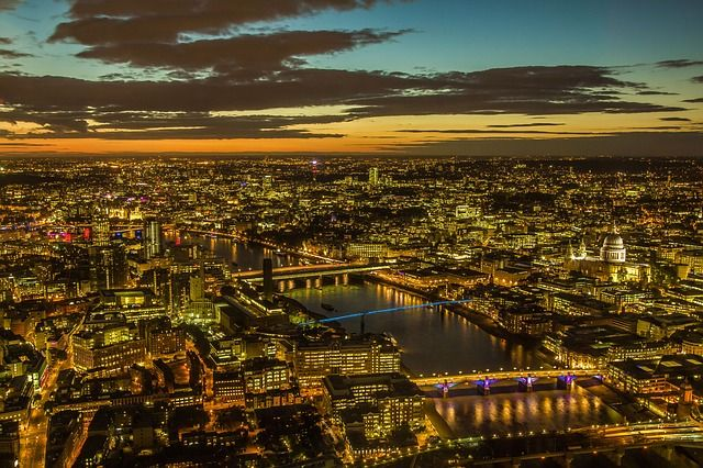 UK property market emerges stronger with positive outlook for 2021 featured image