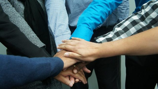 How Team Building Activities Can Enhance Productivity featured image