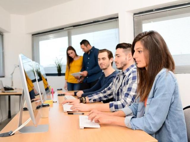 Programming skills key for tech jobs, but only half of US high schools offer classes featured image