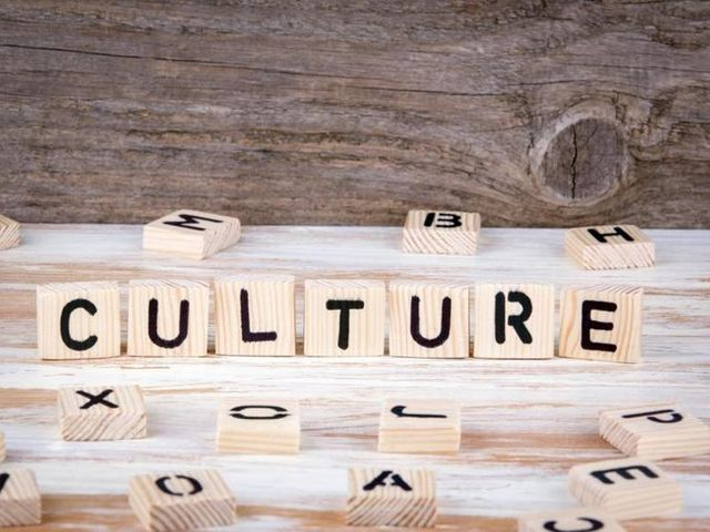 10 easy ways to hack your culture to succeed at digital transformation featured image