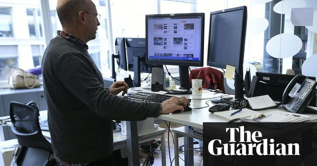 Standing desks could increase life expectancy, study finds featured image