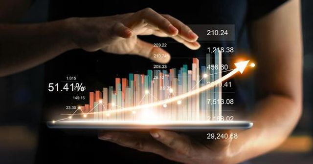 7 Examples Of How Digital Transformation Impacted Business Performance featured image
