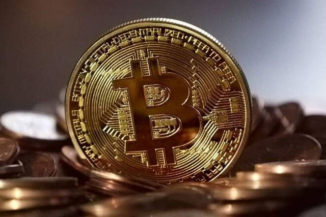 Crypto calls: How HR managers can use bitcoins & blockchain featured image
