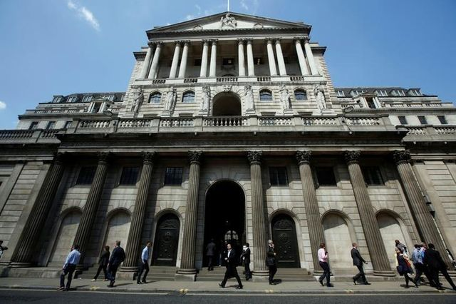 Bank of England Survey Predicts Brexit Boost to Wages featured image
