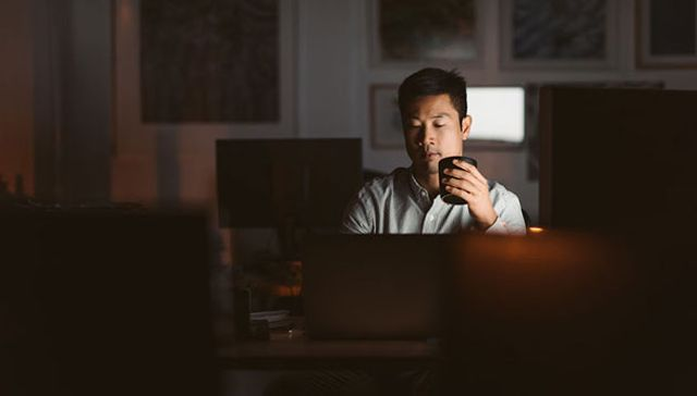 Working longer not harder is bad for business and bad for you featured image