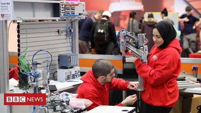 UK 'heading towards digital skills shortage disaster' featured image