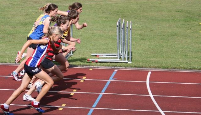 Fast Running | When does training become a compulsion? Balancing Rehab and Recovery featured image