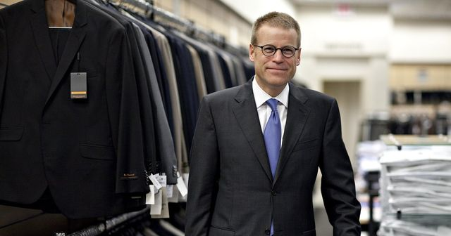 Founder of the Nordstrom Way Dies at 58 featured image