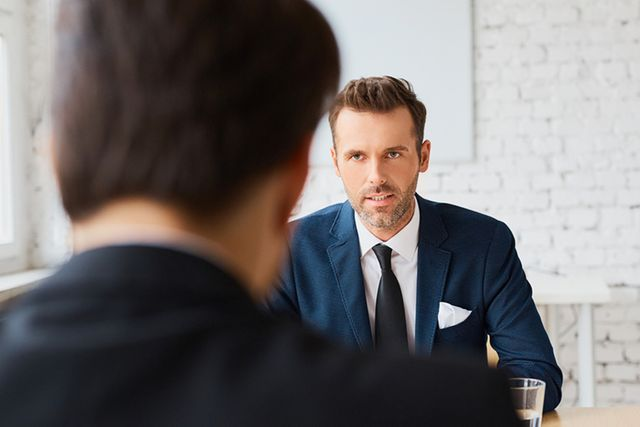 Clients spend worrying amount of time choosing recruiter featured image