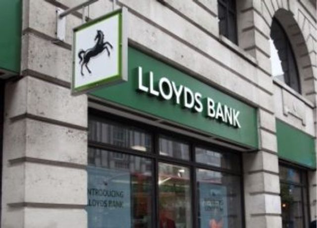 Lloyds Banking Group – a £3 billion digital transformation progress report featured image