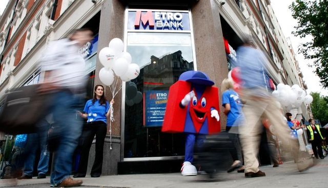 Metro going digital to compete against traditional banks featured image