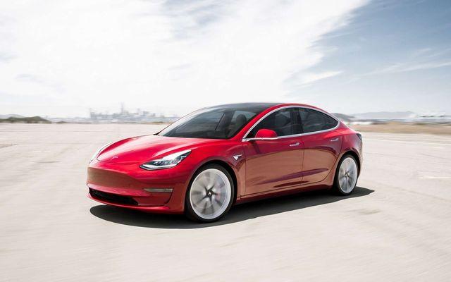 Tesla et le concours de piratage Pwn2Own : une pierre, deux coups. featured image