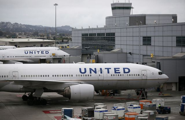 United Airlines doesn't have a PR problem, it has a broken business featured image