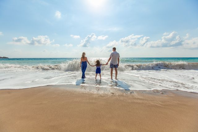 Thomas Cook is bringing back that holiday feeling featured image