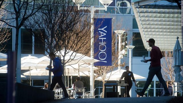Yahoo tries again to settle lawsuit over massive data breach. This time it offers $118 million featured image