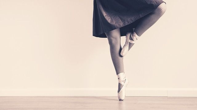 How one law grad leaned on her ballet background to stay balanced. featured image