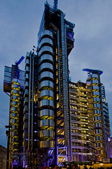 """""""Lloyd's of London Aims to Ditch Most Paper Trading by End 2019 featured image"""