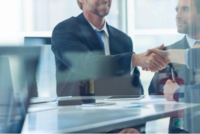 Insurer and insurtech start-up tie-ups gaining steam - report featured image