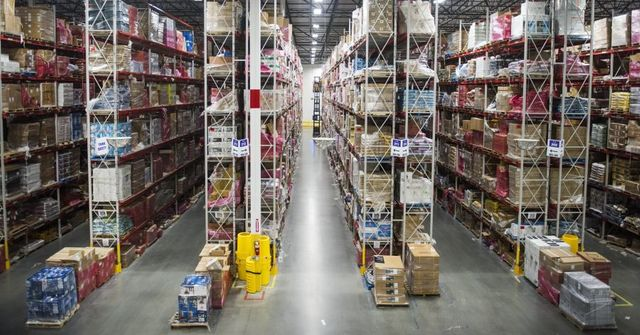 Reverse Logistics as a Strategy to Win New Customers featured image