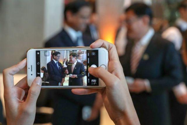 AI - Singapore Govt Leads Strategic Development featured image