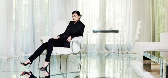 What Can Kylie Jenner Teach Us in B2B Sales and Marketing? featured image