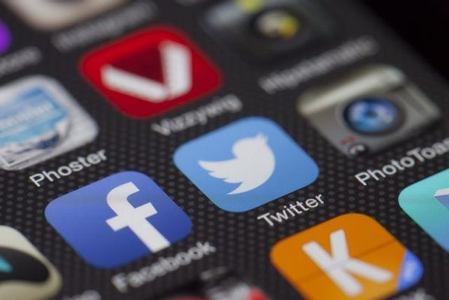 Can Small Businesses benefit from Social Media? featured image