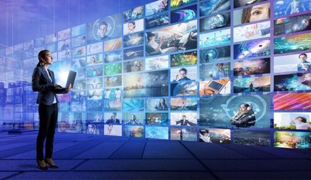 Is TV advertising to blame for how we use social media?. featured image
