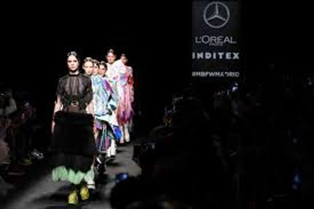 Fashion Week is Being Brought to 'You' - Something Else Retail Should Also be Doing? featured image