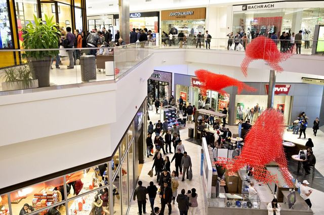 Can Travel Retail & The Department Store Model Save Each Other? featured image