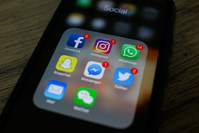 Social Media ad Spend Growth Plummets Amid Decline in Trust featured image