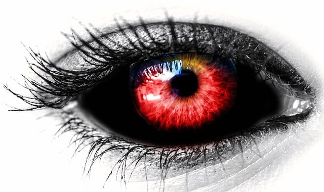 FTC Warns Retailers About Selling Contacts (for Halloween) Without a Prescription featured image