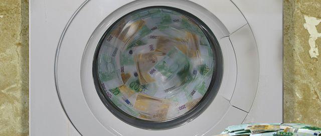 """Money laundering: """"keep 'em peeled!"""" featured image"""