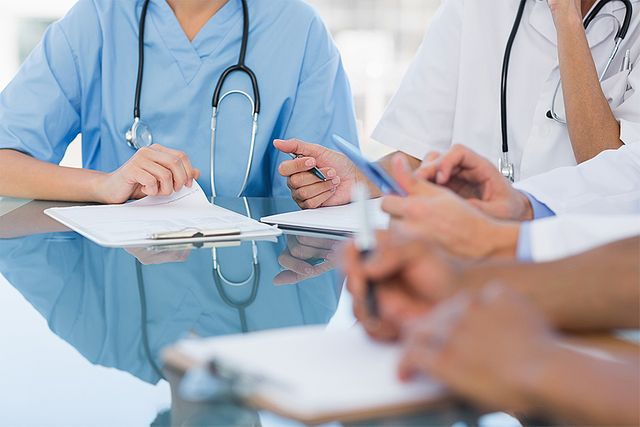 Automatic visa extensions for NHS frontline workers featured image