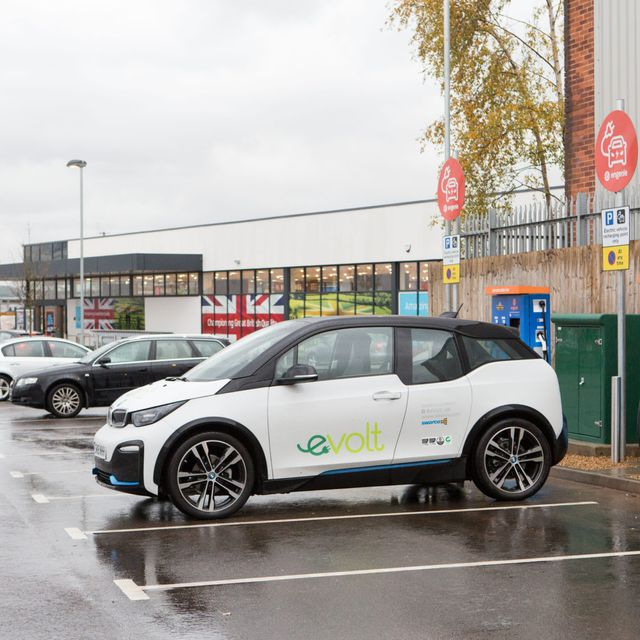 Interesting EV chargepoint delivery model from Engenie featured image