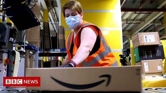 Amazon pays £50 weekly bonus for turning up to work on time featured image