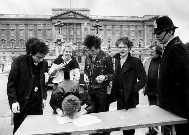 Never Mind the Contract, Here's the Sex Pistols... with a reminder that agreements aren't always binding featured image
