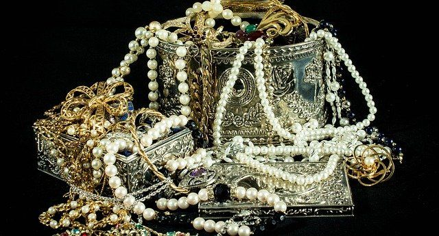 Fool's Gold: Jewellery designer found liable for passing off featured image