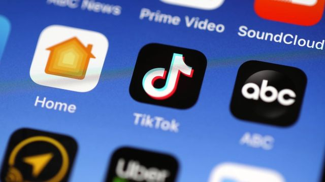 Don't know the terms Gen Z use on TikTok? Here's your guide to what they mean, no cap featured image