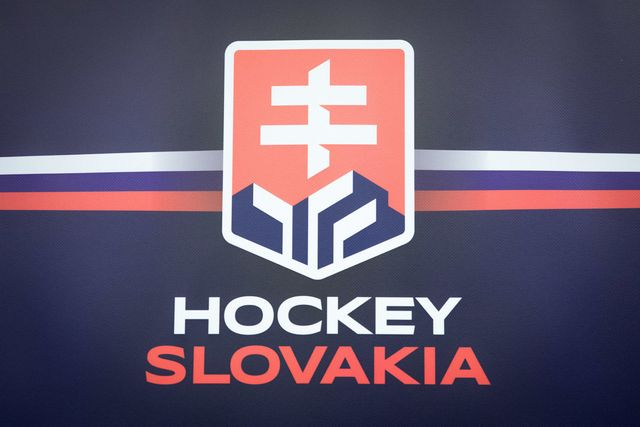 New logo or state symbol on the Slovak national ice hockey jerseys? featured image