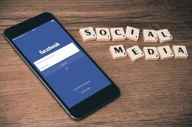 IS AN EMPLOYER LIABLE FOR THE USE OF SOCIAL MEDIA BY EMPLOYEES IN A PRIVATE CAPACITY? featured image