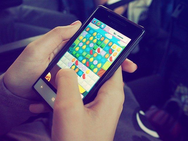 FTC Cracks Down on Mobile Gaming Middlemen Offering In-Game Rewards and Offers featured image