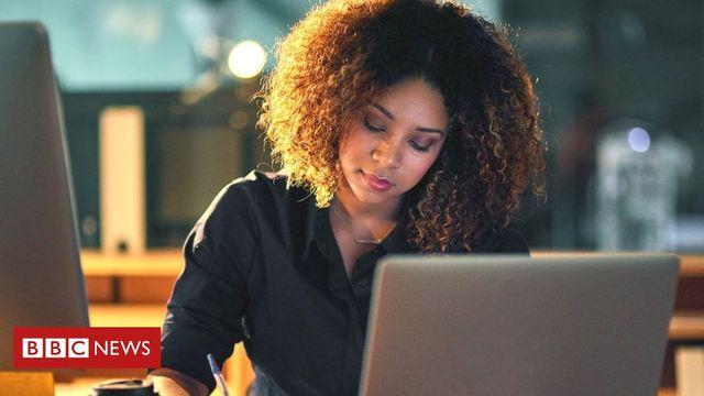 Study finds banning out-of-hours email access could harm employee wellbeing featured image