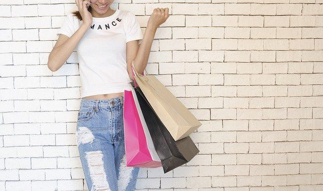 Shoppers increasingly using buy now pay later schemes featured image