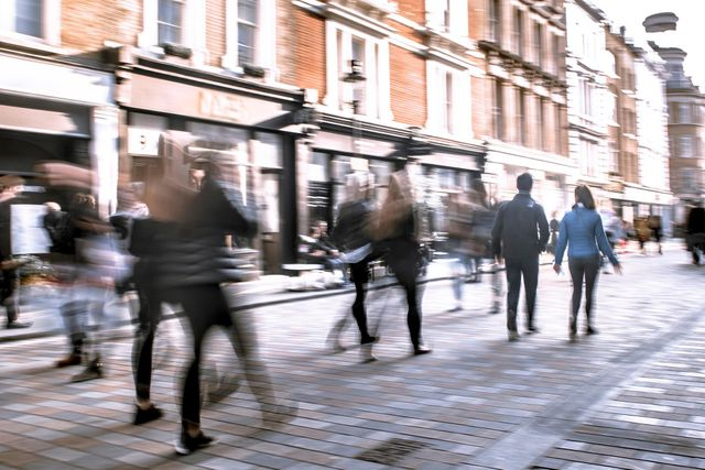 Will Covid-19 push more high street stores to go online? featured image