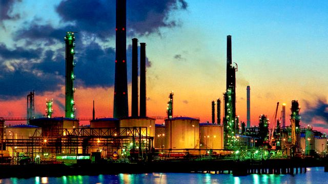 Oil and Gas companies are using Artificial Intelligence to detect problems before they occur featured image